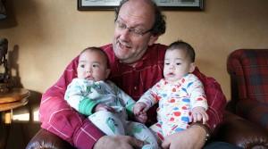 Twins Tuesday: A&M voor het eerst uit logeren